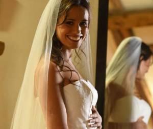 Clem : le mariage de Lucie Lucas enceinte