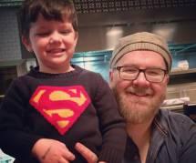 Ce papa glisse d'incroyables dessins dans la lunch-box de son fils