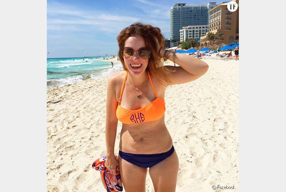 Rachel Hollis, la maman à l'aise dans son corps en bikini qui affole le web