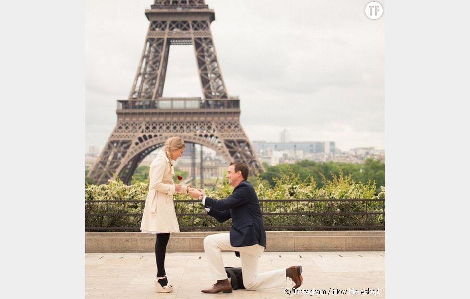 la très romantique Tour Eiffel pour un grand oui.