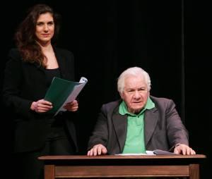 """Michel et Emmanuelle Galabru sur scène dans la pièce """"Jules et Marcel"""" en 2009"""