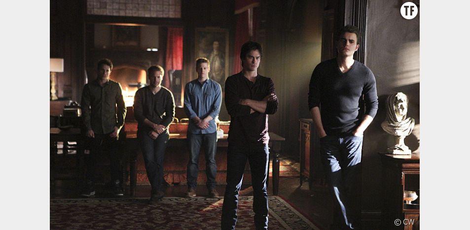 "Photo promo de l'épisode 22 saison 6 de Vampires Diaries : ""I'm Thinking of You All the While"""