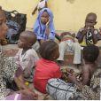 Des femmes et des enfants sauvés par l'armée nigériane au camp de Yola