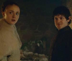 """Game of Thrones saison 5 : Sophie Turner (Sansa) a """"aimé"""" la scène choquante de l'épisode 6"""