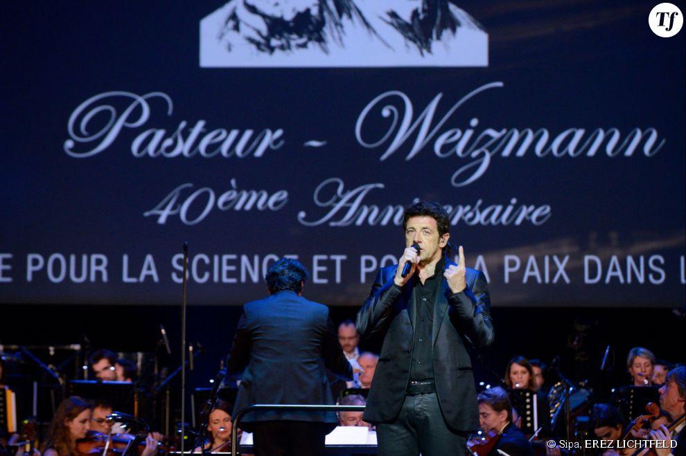 Le chanteur a proposé 17 titres parmi lesquels quelques duos, avec notamment Estelle Andrea ou Julien Clerc.