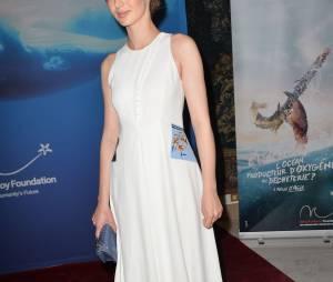 Louise Bourgoin au gala de charité de la fondation Maud Fontenoy le 4 juin 2015