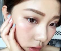 """Le make-up """"gueule de bois"""" : la nouvelle tendance beauté qui cartonne en Corée"""