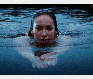 Nager nue, il n'y a rien de plus agréable...