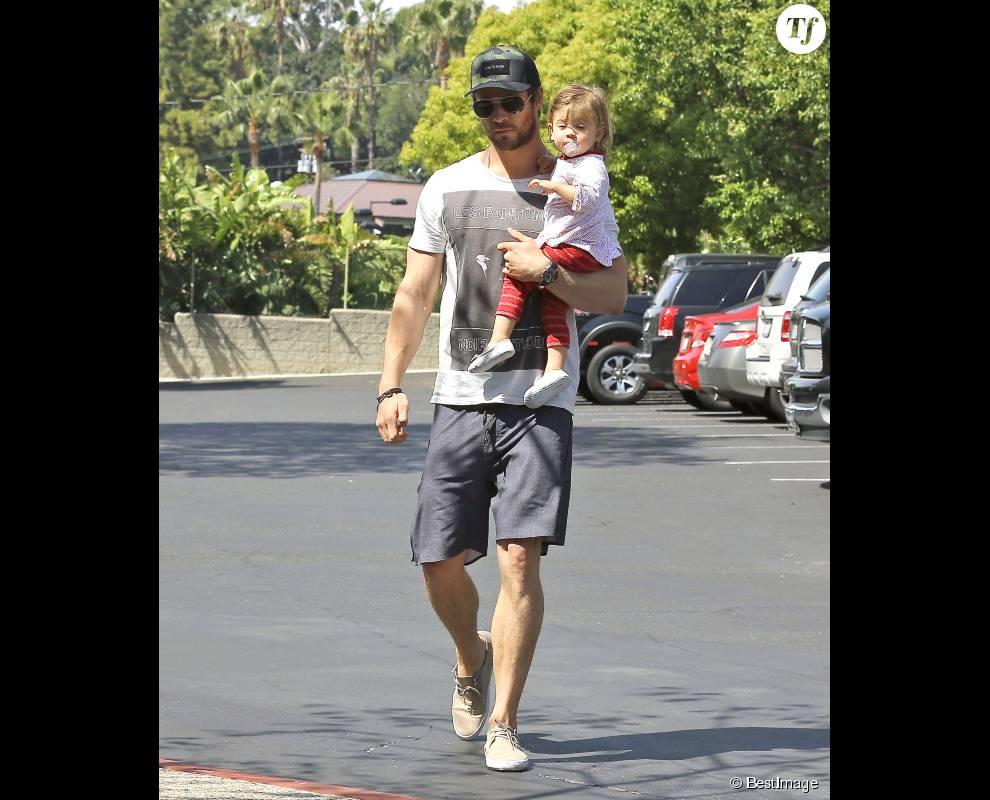 Chris Hemsworth fait toujours rêver, avec ou sans ses enfants sous le bras.