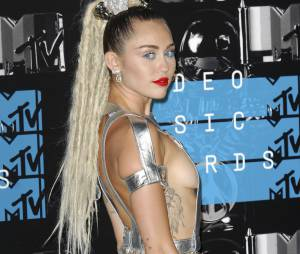 Miley Cyrus - Soirée des MTV Video Music Awards à Los Angeles le 30 aout 2015.