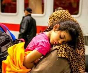 Un écrivain publie un message hilarant pour contrer les discours anti-réfugiés