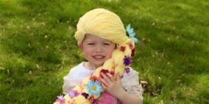 Ces mamans créent des coiffures de princesse à des fillettes atteintes du cancer