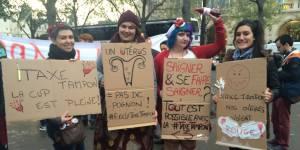 Manifestation contre la taxe tampon : j'y étais et... ça a saigné