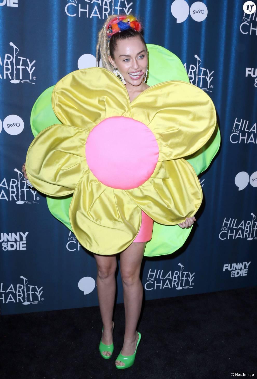 """Miley Cyrus et James Franco à la 4ème soirée caritative annuelle """"Variety Show"""" à Hollywood, le 17 octobre 2015"""