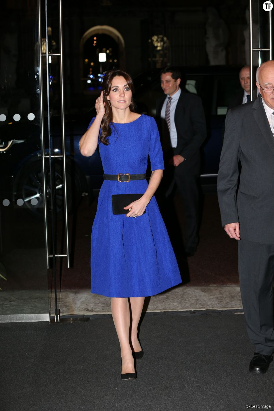 "Catherine Kate Middleton, la duchesse de Cambridge remet des "" The Fostering Awards"" à Londres, le 17 novembre 2015."