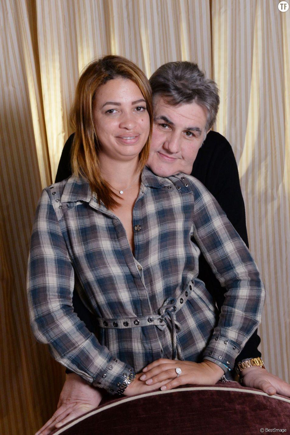 Pierre Ménès et sa compagne Melissa - Festival du cinéma et musique de film de La Baule, le 12 novembre 2015. © Rachid Bellak/Bestimage
