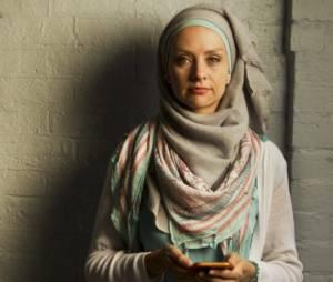 Cette musulmane répond à la haine virtuelle : elle donne un dollar pour chaque insulte