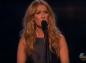 """Céline Dion chante """"L'hymne à l'amour"""" en hommage aux victimes des attentats de Paris (vidéo)"""