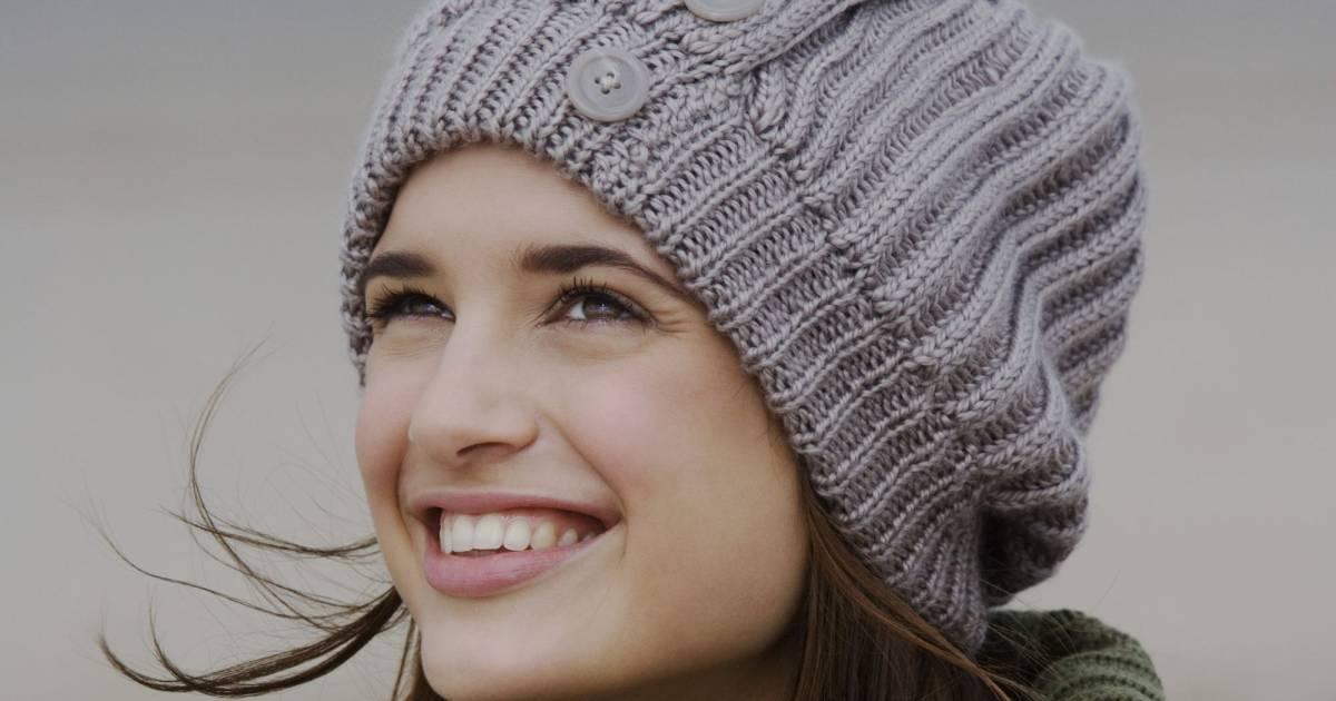 Comment faire un bonnet partir d 39 un vieux pull en laine - Comment faire un bonnet en laine ...