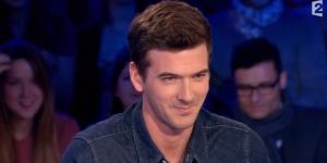 On n'est pas couché : Marc-Antoine Le Bret hilarant en Laurent Delahousse (vidéo)