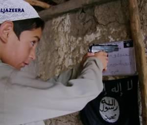 Comment Daech se sert des femmes et des enfants pour créer les terroristes de demain