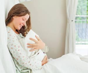 Les femmes méritent-elles un cadeau pour avoir porté un enfant pendant 9 mois ?