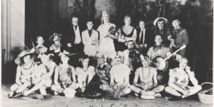 Cette époque étrange où les hommes organisaient des mariages... sans femmes