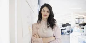 Le monde de l'entreprise saperait la confiance des femmes actives en seulement 2 ans
