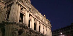Jamie Dornan : l'acteur est à Paris pour le tournage de Fifty Shades Darker (vidéo)