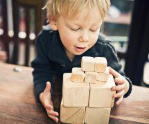 Enfants : comment appliquer la pédagogie Montessori à la maison