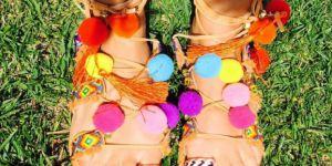 15 sandales à pompons pour un été hippie chic