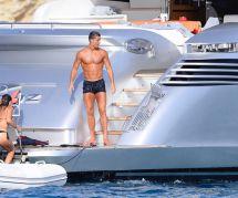 Cristiano Ronaldo : ses vacances hot à Ibiza sur un yacht (photos)