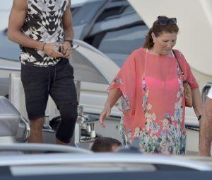 Cristiano Ronaldo se ressource avec son fils Cristiano Jr et sa mère Maria Dolores dos Santos Aveiro en vacances à Ibiza, le 13 juillet 2016