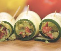 La recette estivale des roulés de concombre au guacamole