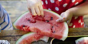 Pourquoi vous ne devriez plus jeter les pépins de pastèque