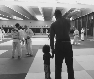Le judoka français Teddy Riner et son fils Eden