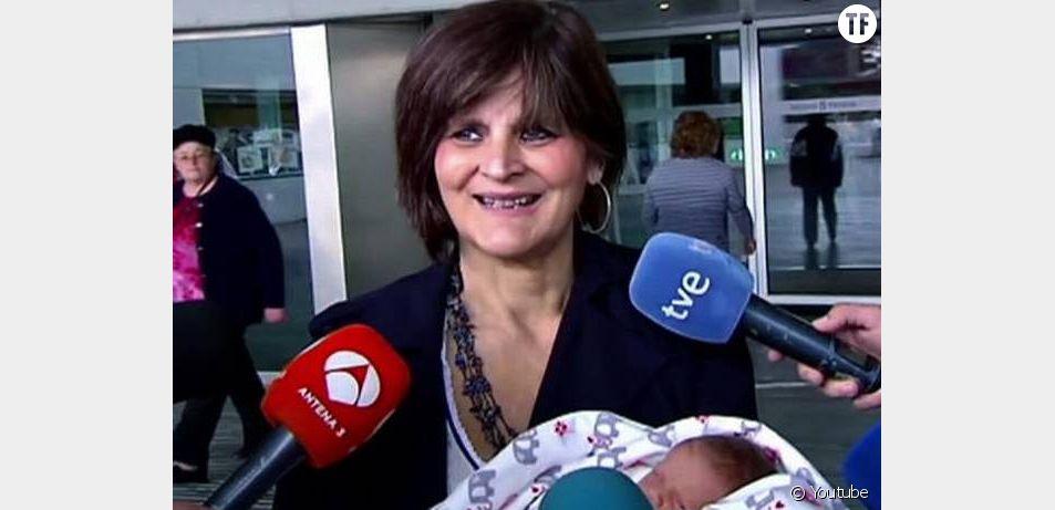 Lina Alvarez, 62 ans, mère pour la 3e fois