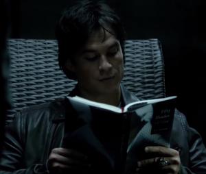 """Damon et Enzo dans un extrait de """"Hello Brother"""", l'épisode 1 de la saison 8 de Vampire Diaries"""
