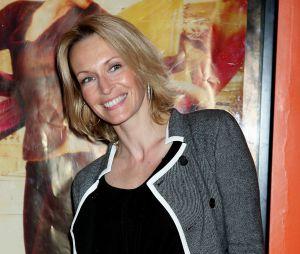 Estelle Lefébure donne naissance à son fils Giuliano à l'âge de 45 ans.