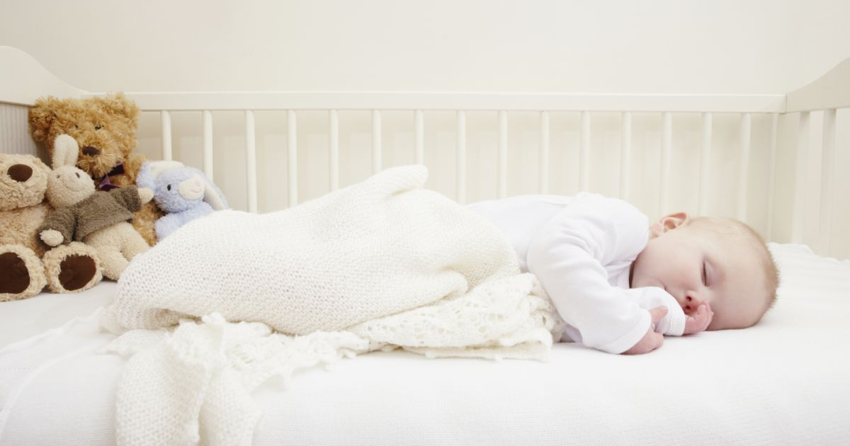 pourquoi un b b devrait dormir dans la chambre de ses parents