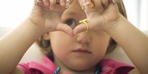 Comment et pourquoi utiliser la langue des signes avec bébé ?