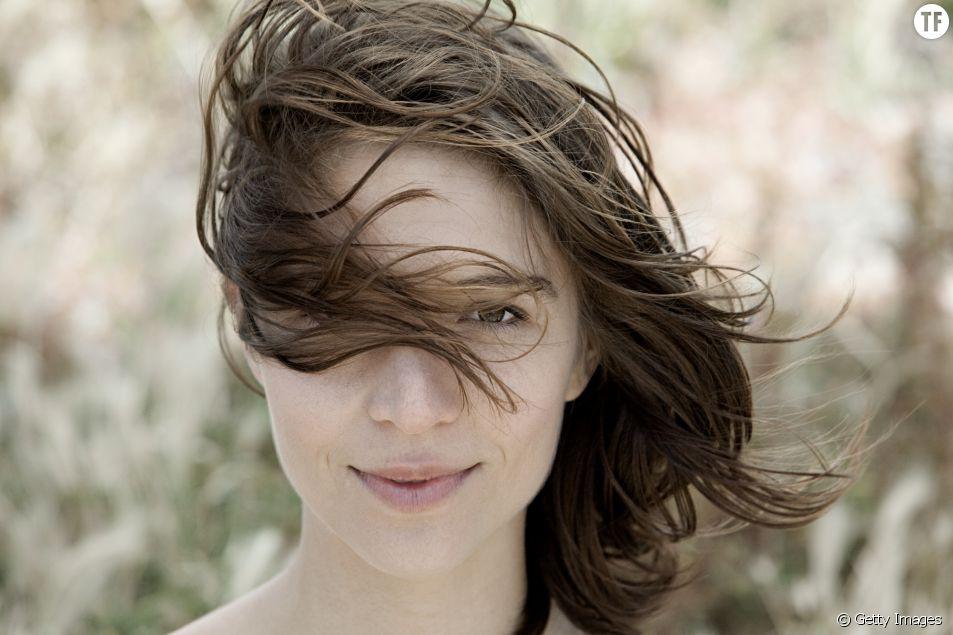 Voilà ce qui se passe quand vous arrêtez de vous laver les cheveux tous les jours