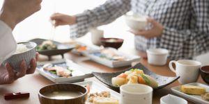 Régime Okinawa : 8 principes pour adopter cette alimentation venue du Japon