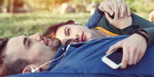 """Pourquoi avoir """"une chanson"""" est bon pour le couple"""
