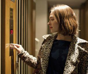 """Le bouton """"fermer"""" de l'ascenseur est (en fait) une arnaque"""