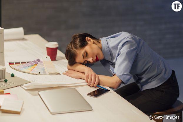 Insomnies, somnolence, réveils difficiles... Les conséquences du jet-lag social