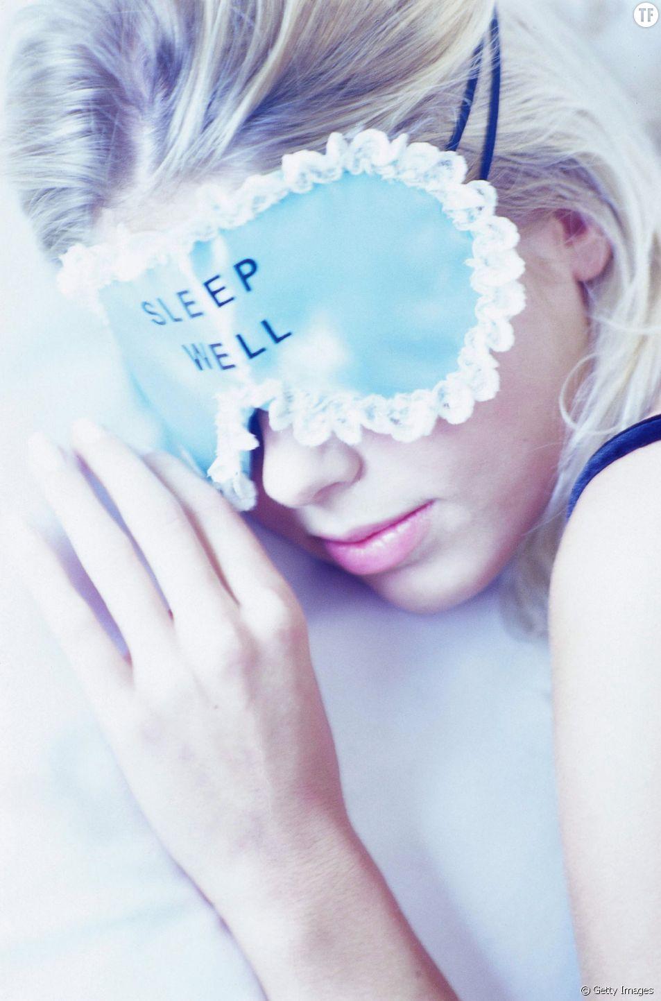 Je parle pendant mon sommeil : ça veut dire quoi ?