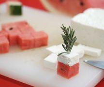 La recette des mini-brochettes à la pastèque et à la feta
