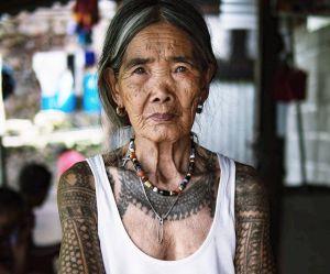La planète entière rêve de se faire tatouer par cette dame de 101 ans
