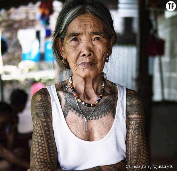 Whang Od est la plus vieille tatoueuse du monde